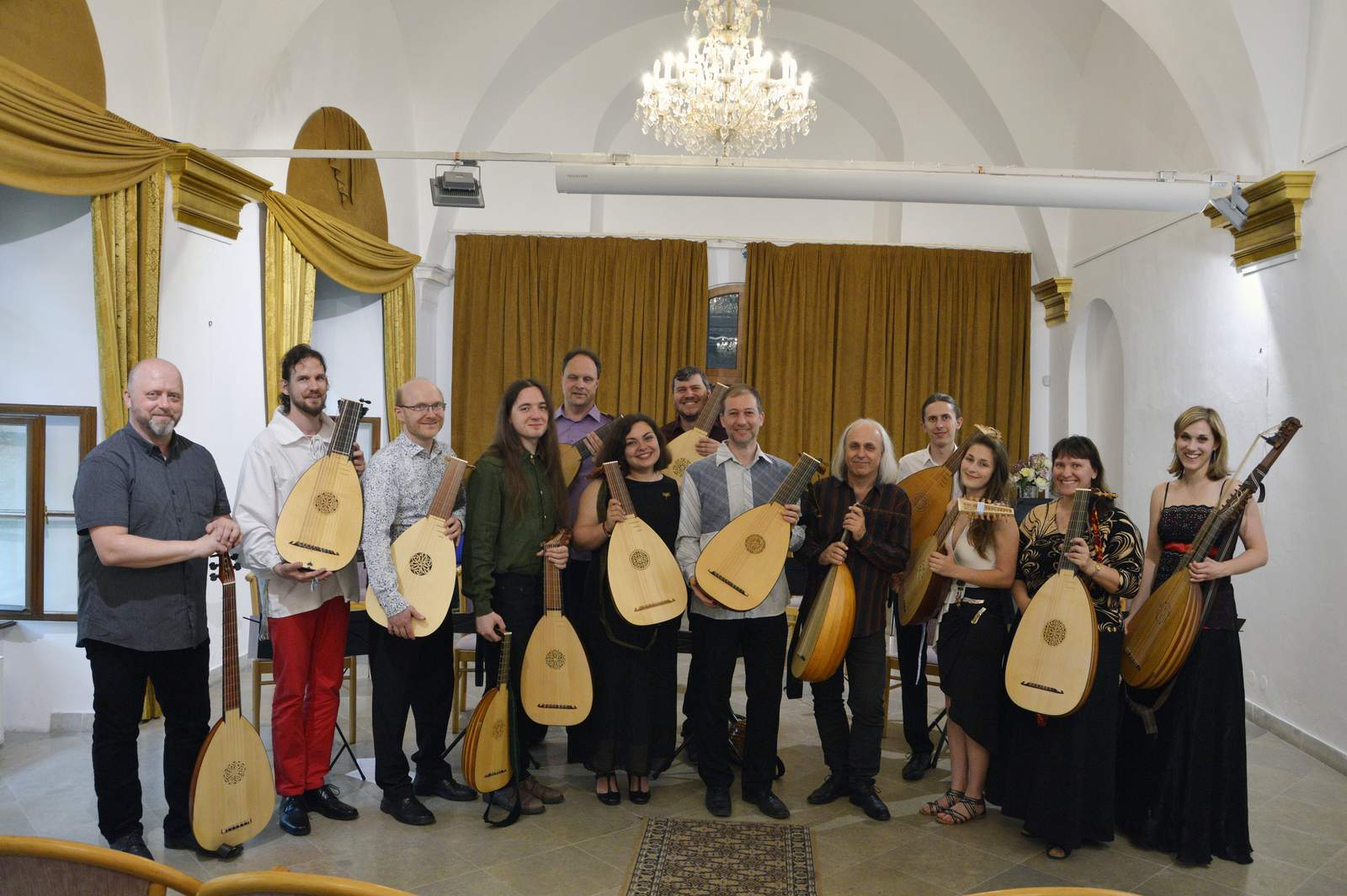 Bohemian Lute Orchestra
